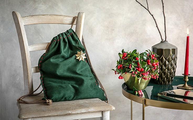 Packerl mit Fächerblumen