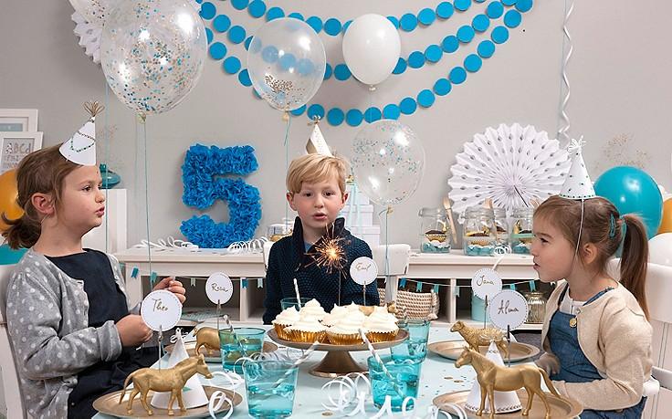 Basteln mit Kindern: Partyhüte, bunte Jahreszahl & Konfetti-Ballons