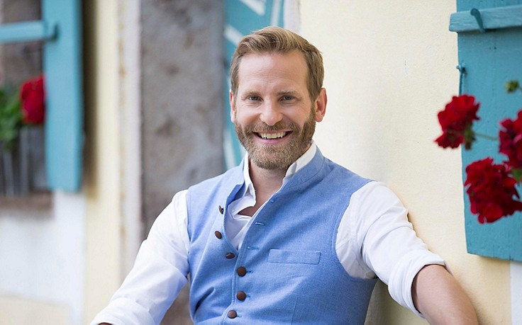 Unsere ServusTV-Moderatoren: Sebastian Weber
