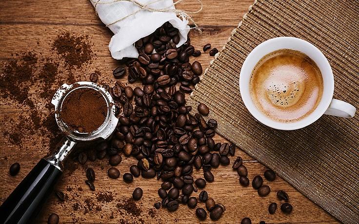 Alleskönner Kaffeesatz: 7 Tipps für Haushalt und Schönheit