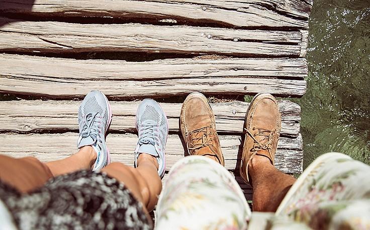 Mit diesen Tricks riechen Schuhe wieder frisch