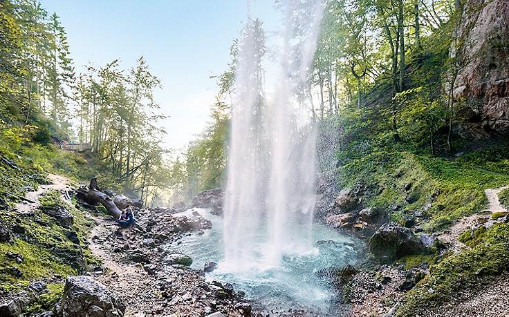 9 besondere Wasserfälle