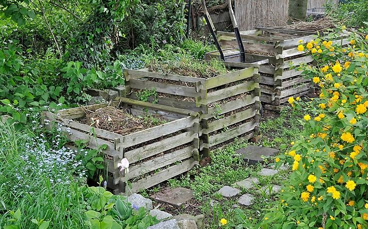 komposthaufen anlegen 7 tipps. Black Bedroom Furniture Sets. Home Design Ideas