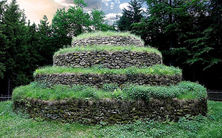 Steinpyramide Groß Gerungs