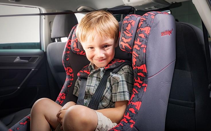 Zwei Kindersitze fallen bei ÖAMTC-Test durch