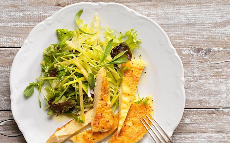 Eierstich mit Lauch-Bergkäse-Salat