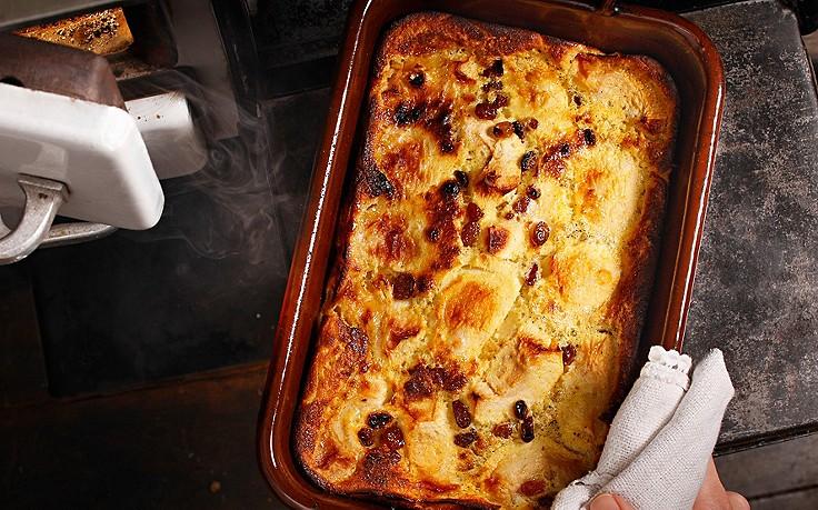 Tiroler Ofenplenten mit Äpfeln und Rosinen