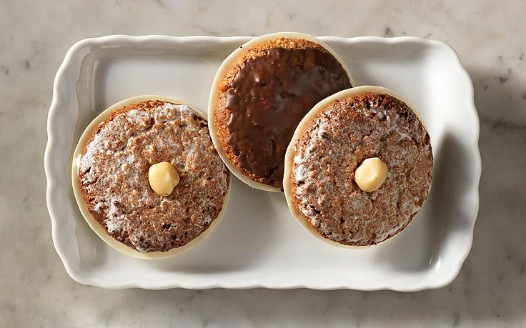Elisenlebkuchen mit Schoko- und Zitronenglasur