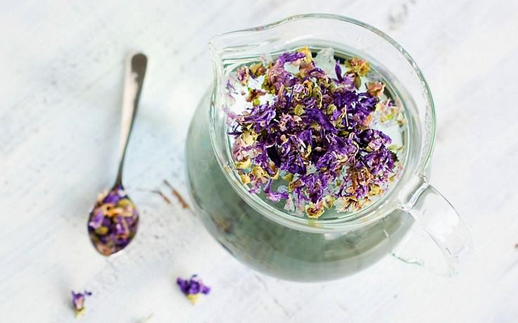 Magenlind-Tee mit Malve