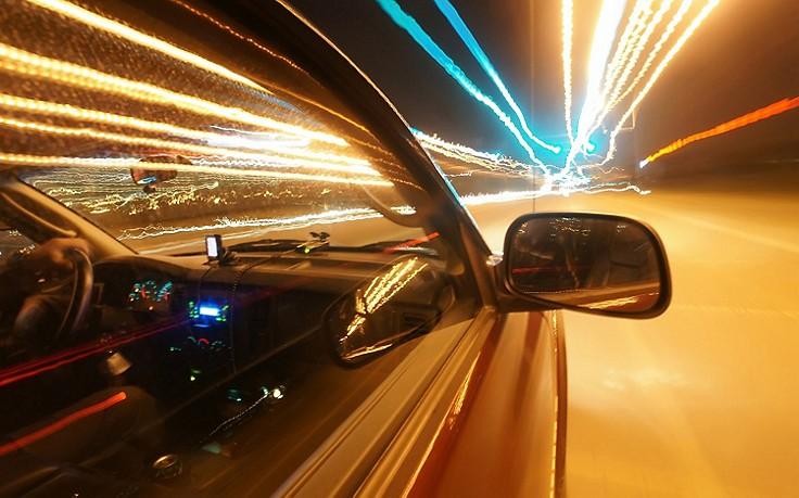 Auf der A1: Polizei stoppt Raser mit 338 km/h