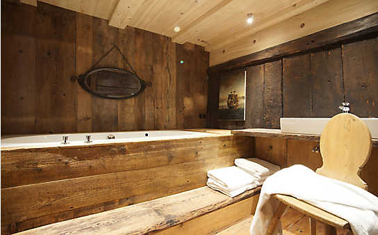 Wieviel Holz verträgt Ihr Badezimmer?