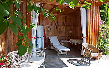 Inspiration für den Garten: ruhige Schattenplätzchen