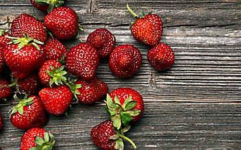 Schöne Haut: Geheimwaffe Erdbeeren