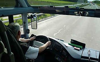 9-jähriger Bub kapert Linienbus und fährt los