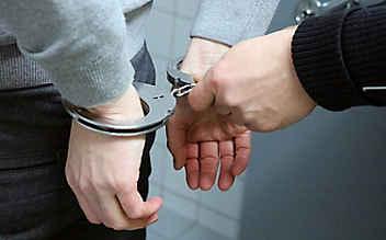 Graz: Häftling flüchtet durch offene Tür