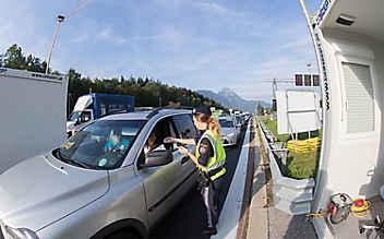 Grenzkontrollen: Österreich kündigt Verlängerung bis Mai 2019 an
