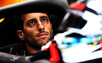 Frustrierter Ricciardo schlug nach Austin-Aus Loch in Wand