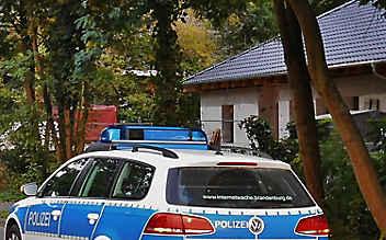 Verstecken bis die Polizei kommt: Eltern fanden Dreijährigen nicht