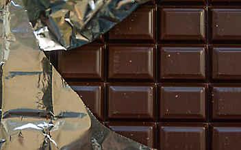 Diebe stahlen über 13.000 Tafeln Schokolade