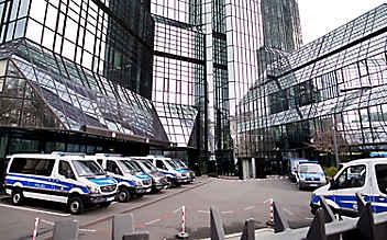 Geldwäsche-Razzia bei der Deutschen Bank
