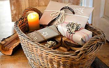 7 Alternativen zu Geschenkpapier