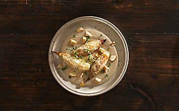 Maroni-Creme mit überbackenen Schalotten