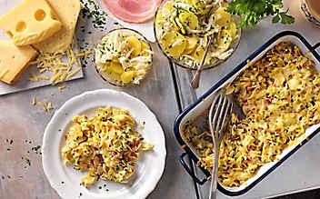 Überbackene Schinkenfleckerl mit Erdäpfel-Salat