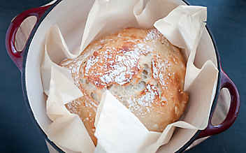 Brot ohne Kneten aus dem Topf