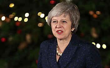Theresa May übersteht Misstrauensabstimmung