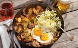 Tiroler Gröstl mit Rindfleisch und Spiegelei