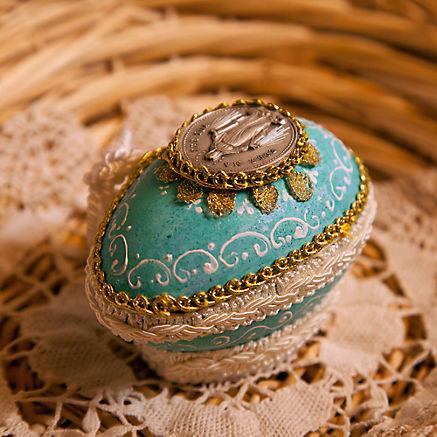 Traditionelles Taufgeschenk Godn-Ei