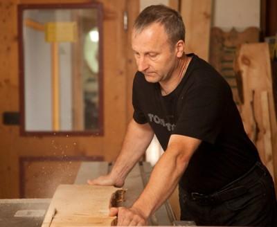 Brotdose aus Zirbenholz
