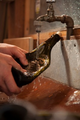 Schale aus Weinflasche