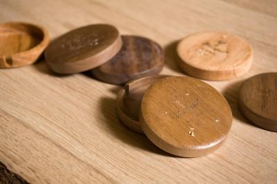 Taschenuhr aus Eichenholz